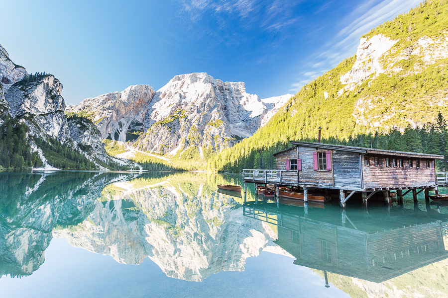 lake braies boat house sud tirol dolomites reflection marco ronconi nature photography wilderness landscape lago di braies casetta riflesso fotografia naturalistica fineart